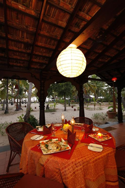A Beach Symphony Holiday Home Alleppey Restaurant